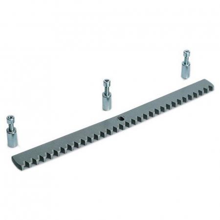 Зубчатая рейка толщина 8 мм с крепежом